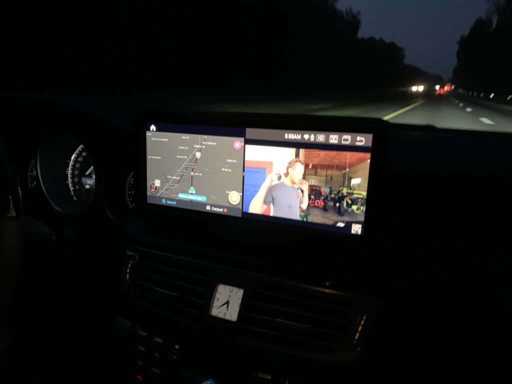 Android 10 Split Screen Capability Waze and Youtube